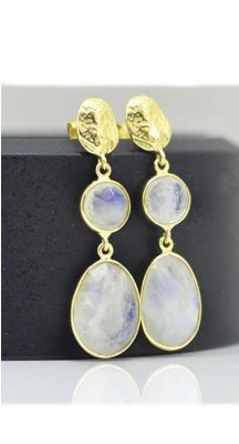 aegeanblue Rainbow Moonstone Earrings Moonstone : 9×9 & 13×11 mm Total Length: 37 mm Gold Plated – Sterling Silver 925